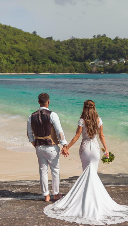 Wedding in the tropics. Real BeverlyBride™